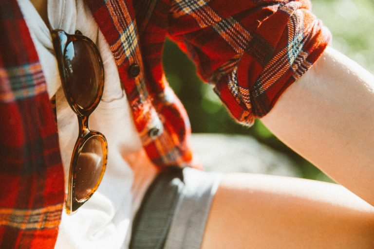 Top Reasons to Wear Sunglasses