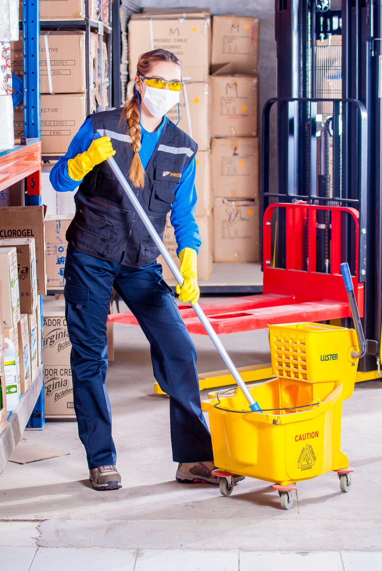 3 Reasons Why Hiring a Cleaning Service Might Be Right for You